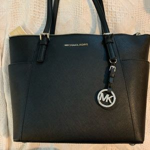 Michael Kors | Jet set blacker leather tote - NWT
